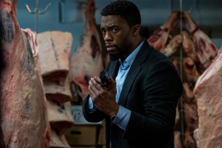 Feature: Er war Black Panther, jetzt ist er Detective Andre Davis – Chadwick Boseman