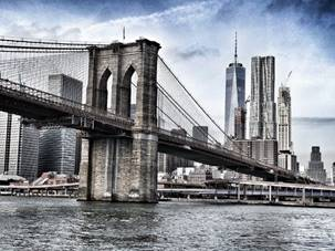 Das Wahrzeichen New Yorks. Die Brooklyn Bridge.