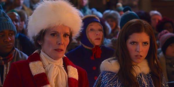 Shirley McLaine und Anna Kendrick in Noelle bei Disney+