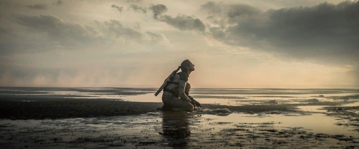 Film Tides Astronautin Blake (Nora Arnezeder)