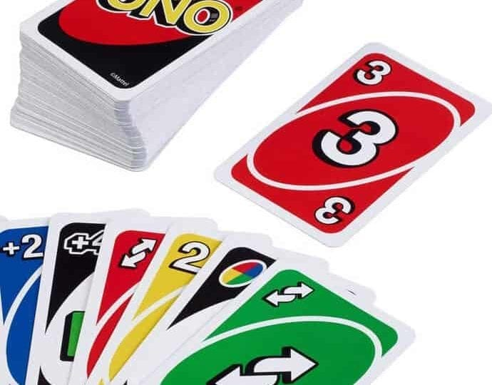 Kartenspiel UNO als Live-Action-Raub-Komödie