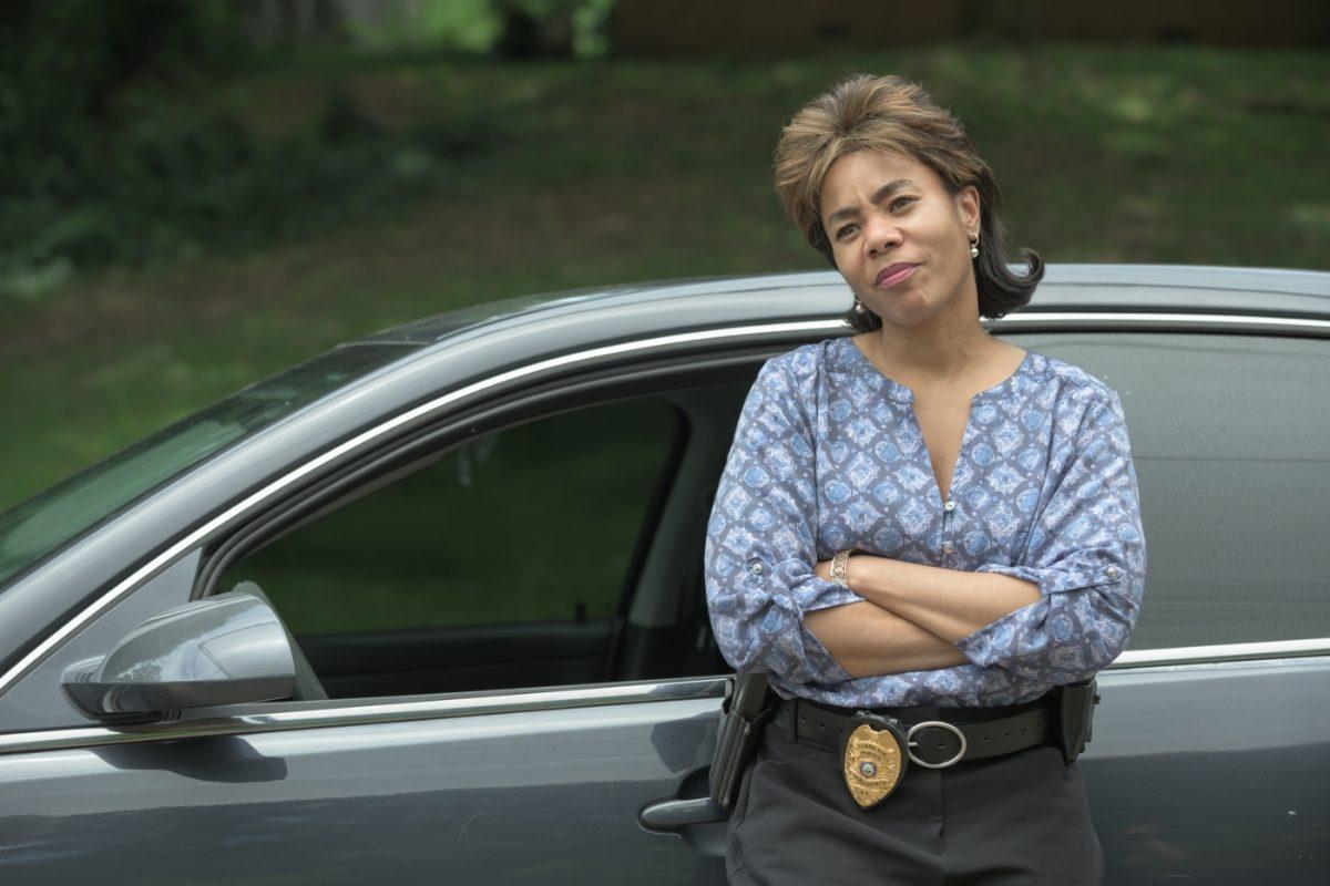 Detective Cam Harris (REGINA HALL)