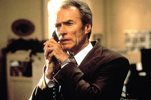 Clint Eastwood am Telefon als Bodyguard in In The Line Of Fire