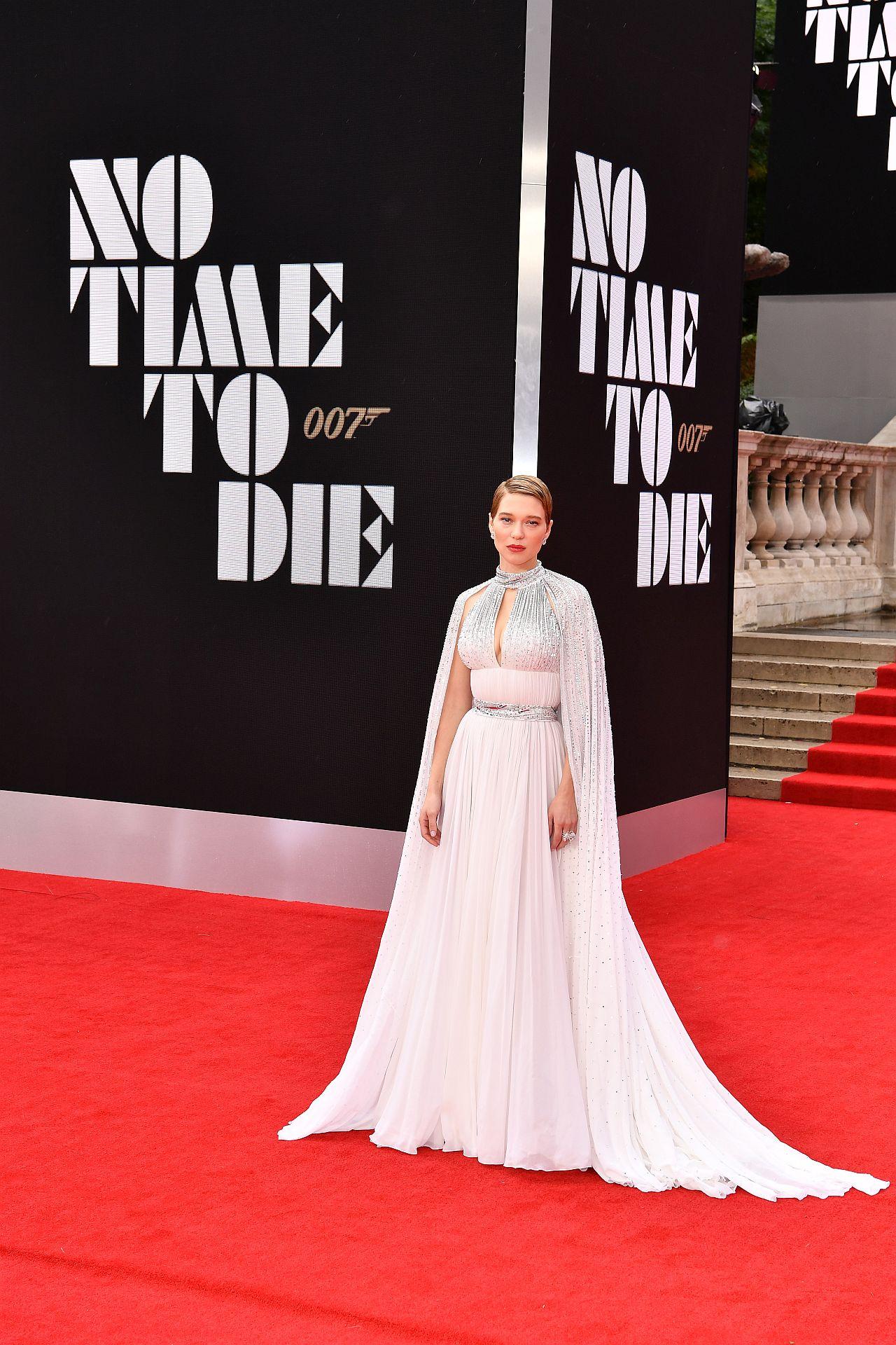 """Léa Seydoux ist bei der Weltpremiere von """" KEINE ZEIT ZU STERBEN"""" in der Royal Albert Hall"""
