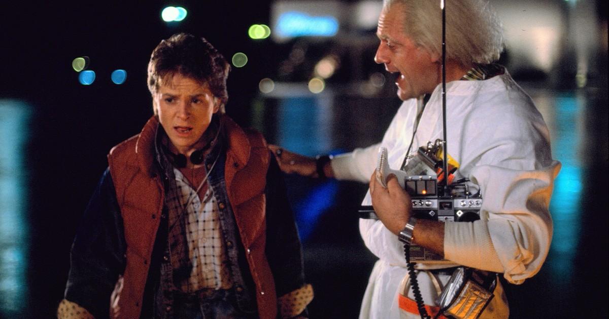 "Marty McFly (Michael J. Fox) und ""Doc"" Emmett Brown (Christopher Lloyd)"