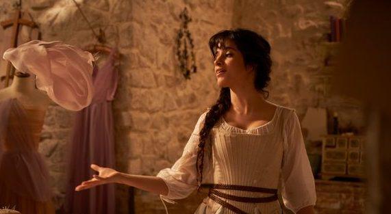 Camilla Cabello singt in Cinderella